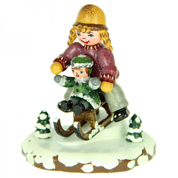 Hubrig Winterkinder Schlittenfahrerin